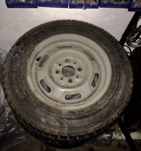 Зимняя резина с дисками Dunlop 175/70 R13