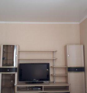 Стенка для гостиной или спальни