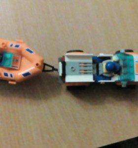 Лего машина и прицеп + лего человечик