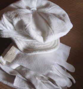 Кепка, шарф и перчатки