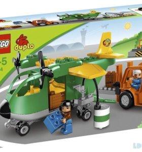 Лего Грузовой самолет
