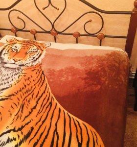 Кровать с 2 тумбочками