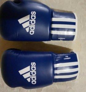 Оригинальные боксерские перчатки Adidas