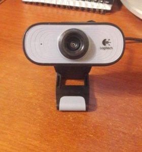 Веб-камера Logitech C100