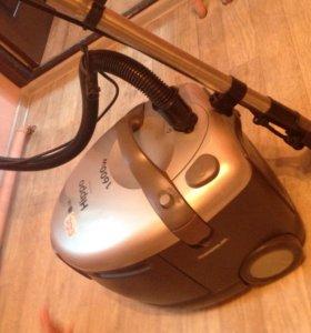 Моющий пылесос LG Hippo V-C 9165WA