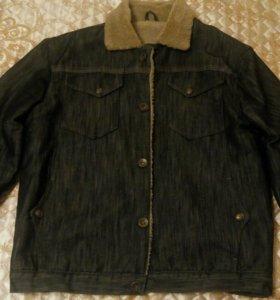 Утеплённая джинсовая куртка.
