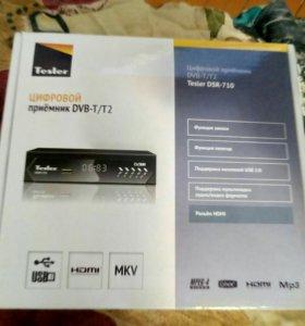 Tesler DSR-710 цифровой приёмник DVB-T/T2