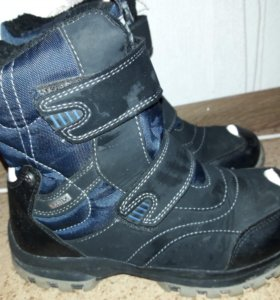 Ботинки зимние р-р 37