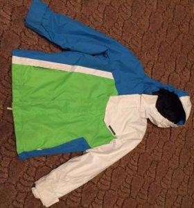 Куртка горнолыжная для мальчика на рост 140-146