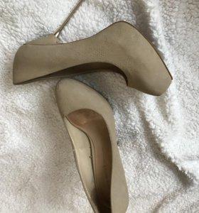 Туфли на платформе и каблуке Zara