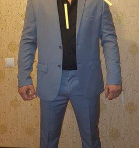 Костюм и брюки классические