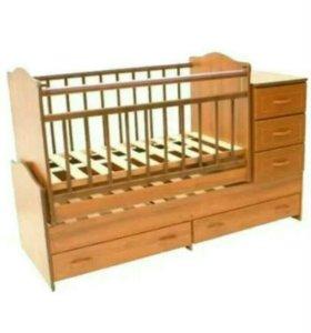 Кроватка качалка новая с матрацом и мягкими бортам