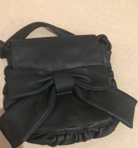 Маленькая сумочка с бантом