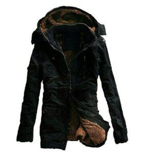 Зимняя куртка 46 размер.