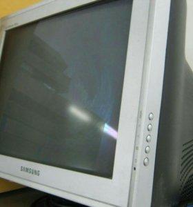 Samsung SuncMaster 793df 17''