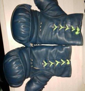 Боксерские перчатки Альбион АС