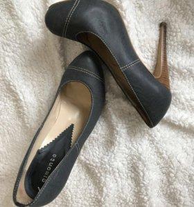 Туфли на каблуке Elmonte