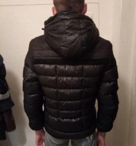 Продам зимнюю куртку б/у