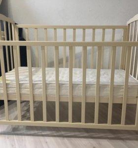 Детская кроватка фабрики красная звезда. 2 шт