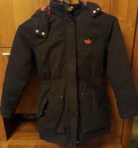 Куртка ADIDAS зимняя на девочку