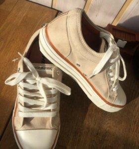 Новые кроссовки Heelyes (Хилис)