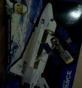 Звездолет (Lego Space Series)