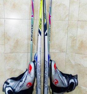 Лыжный комплект(лыжи,ботинки,палки) для конька.