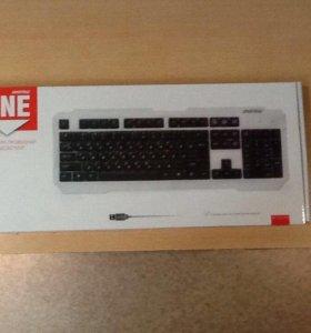 Продам клавиатуру с подсветкой,проводная.