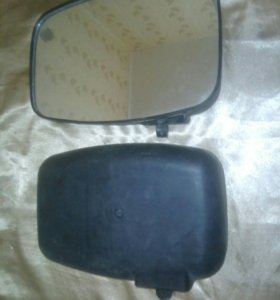 Зеркало заднего вида с увеличенным обзором.