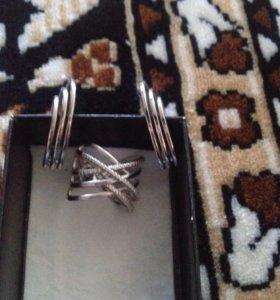 Набор серебряные серьги и кольцо