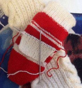 Вязаные шарфы и носочки!