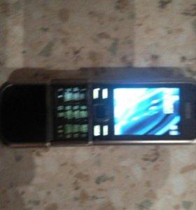 Продам NOKIA 6600. Телефон живой, работает!