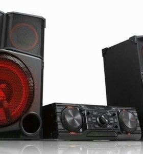 Продам Сверхмощную минисистему X-Boom LG CM9750