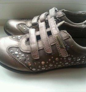 Обувь 35 размер на девочку