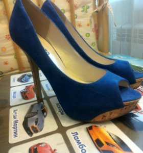 Туфли 37 р новые