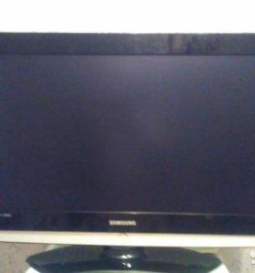 Телевизор- Samsung-80 см