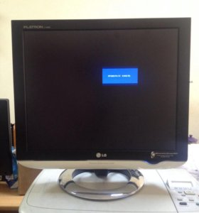 Монитор LG L1740BQ