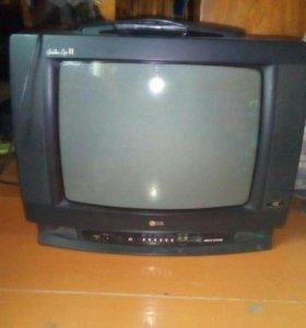 Телевизор LG.