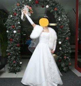 Продам свадебное и вечернее платье б/у