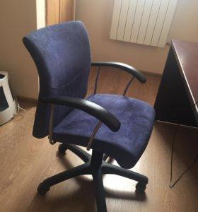 Кожаные офисные кресла алькантара