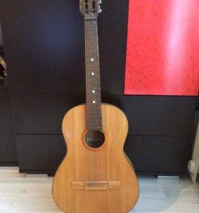 Акустическая гитара 6 струн
