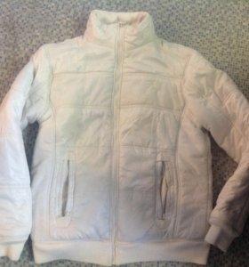 Тёплая муская куртка М
