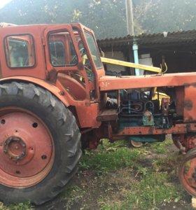 Трактор и Сак в отличном состояние )