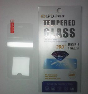 Защитное стекло для iPhone 5.