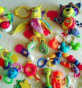 Пакет игрушки погремушки прорезыватели