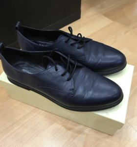 Женские туфли (полуботинки )