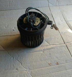 Моторчик отопителя на ВАЗ 21-10