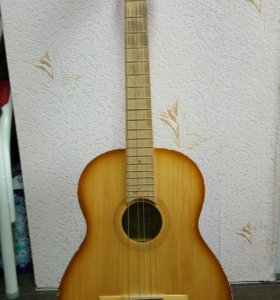 Две аккустические гитары