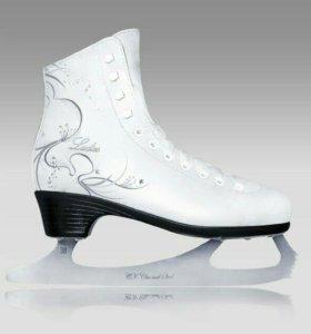Фигурные коньки Ladies Leather (кожа)р36-41