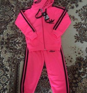 Спортивный костюм Адидас (adidas) детский. Новый